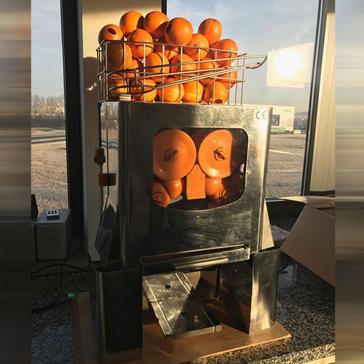 Orangensaftpresse